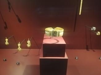 Nubische gouden sieraden. Ze droegen opvallende sieraden.