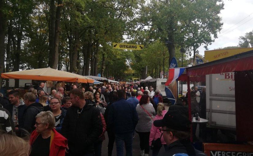 Boeren, bruine bonen en ballonnen: Zuidlaardermarkt