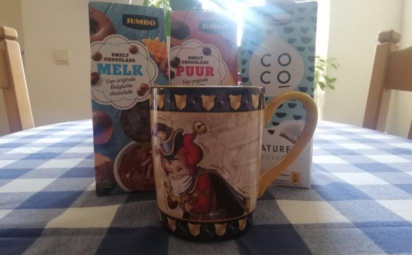 Homemade warme chocolademelk metkokosmelk